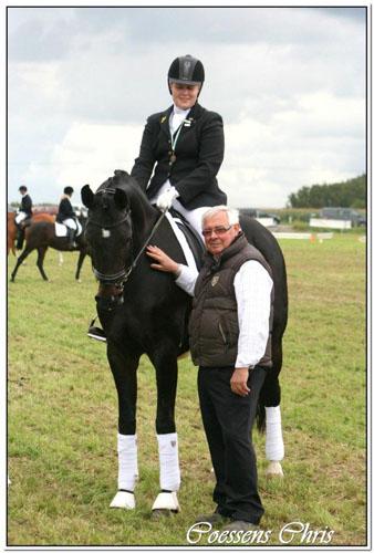 Charlotte De Roeck & Reine d'Or